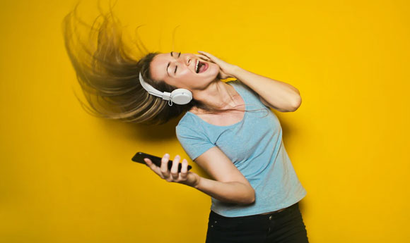 Post Image Tips for Reducing Your Stress Listen to music - Tips for Reducing Your Stress