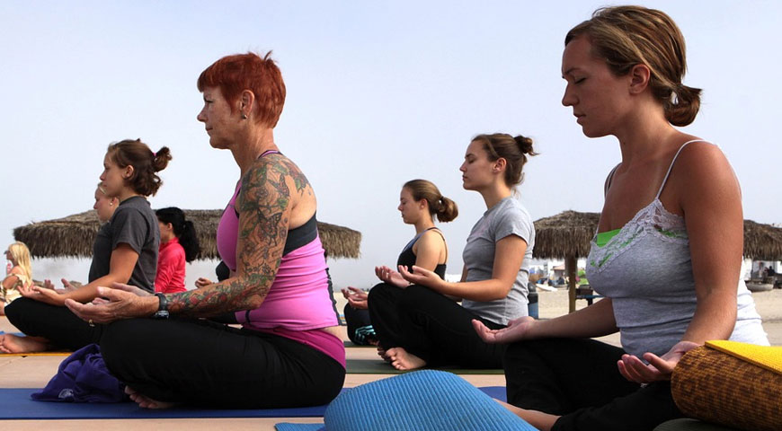 Featured Image How to Get Prepared for a Yoga Class - How to Get Prepared for a Yoga Class
